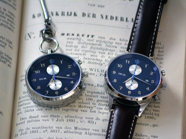 Web-N003-DR.W.-Model-Jurre-Wrist-Pocket-Navy-Silver (1)